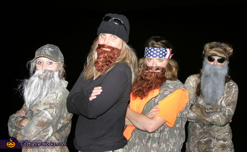 Duck Dynasty Costumes Photo 2 of 5