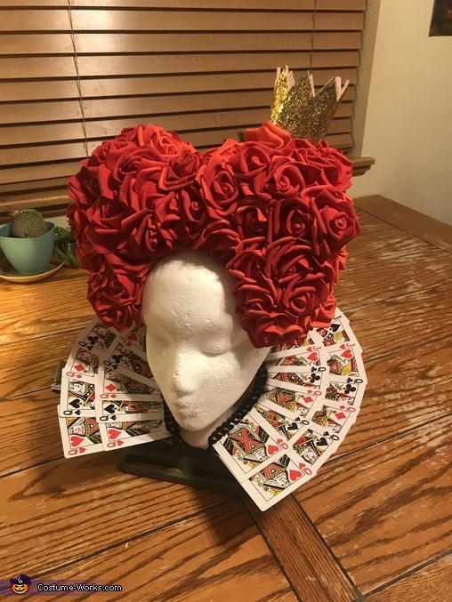 Detail view of hair piece and card collar, The Red Queen Costume