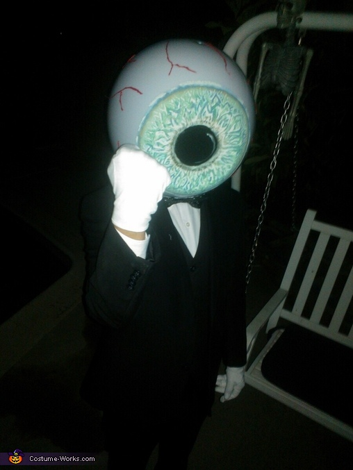 Full costume 2, The Residents Costume