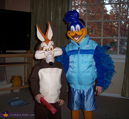 Roadrunner & Wile E. Coyote - Homemade costumes for kids
