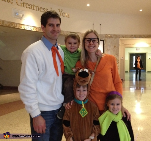 The Scooby-Doo Gang Family Costume