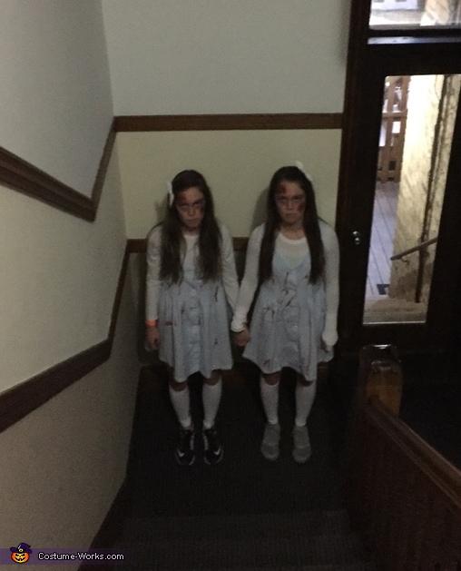 The Shining Twins Costume DIY