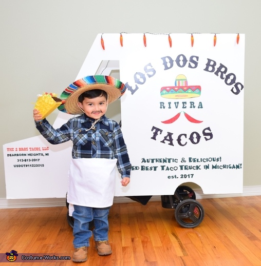 I got your tacos!, The Taco Family Costume