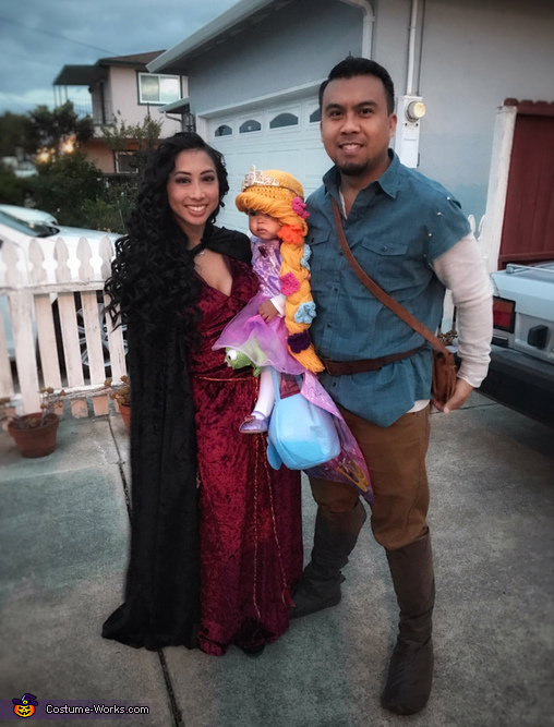 The Tangled Family Costume