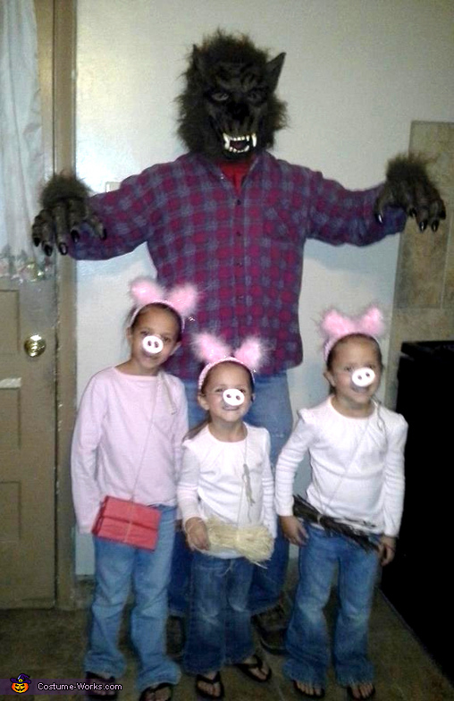 Three Little Pigs and Big Bad Wolf Family Costume
