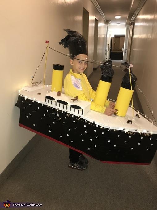 The Titanic Homemade Costume