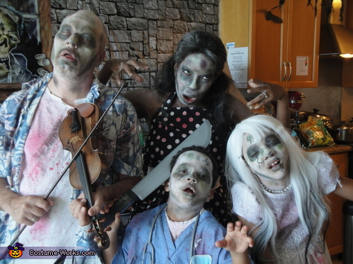 The Undead Violinist and Family Costume