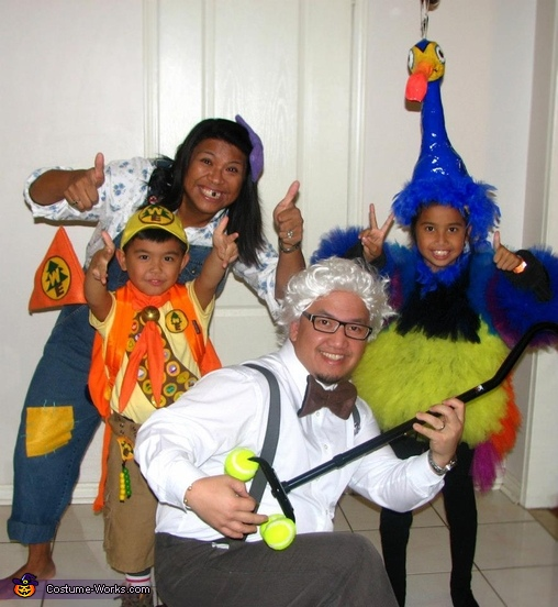 The Up Family Costume