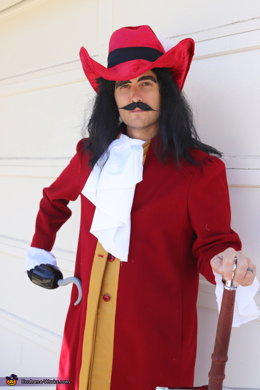 The Captain, The Villain Heroes of Halloween Costume