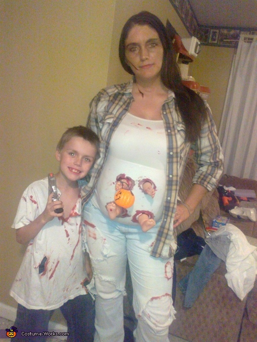 The Walking Dead Family Costume: Lori, Baby and Carl Zombies