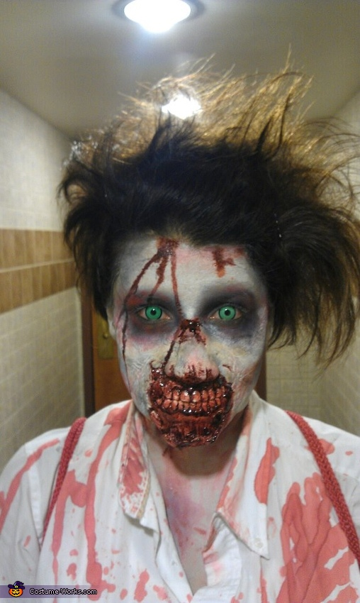 The Walking Dead Zombie Costume DIY