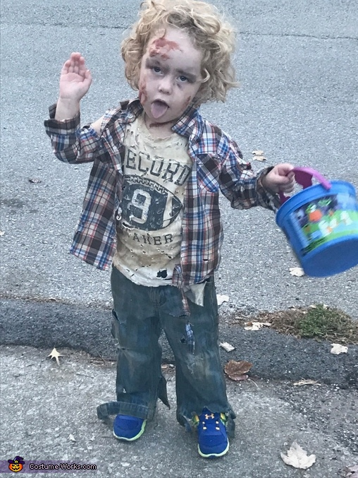 The Walking Jett Costume