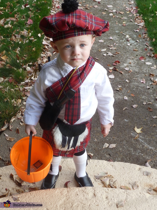 The Wee Bagpiper Costume
