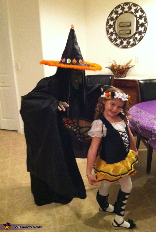 I smell children...,  Witch Costume
