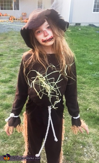 Bella as Scarecrow, The Wizard of Oz Costume