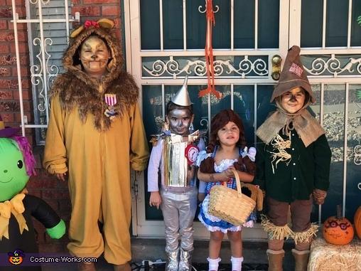 The Wizard of Oz Crew Costume