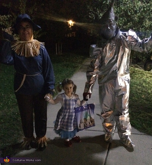 The Wizard of Oz Family Homemade Costume