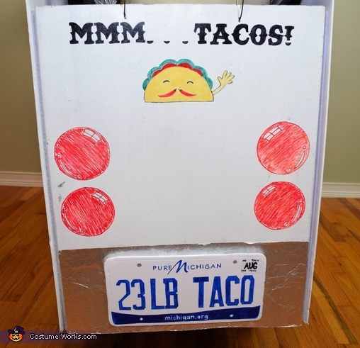 Mmm tacos!  Back of the taco truck, The World Famous 23 lb Super Taco Costume