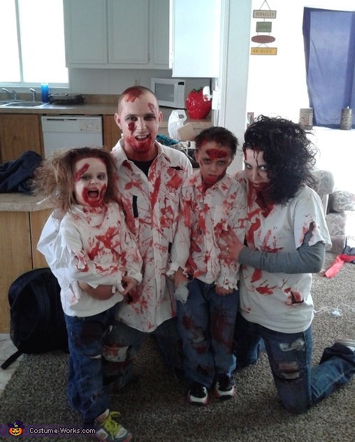 the zombie clan family costume - Halloween Costumes Of Zombies