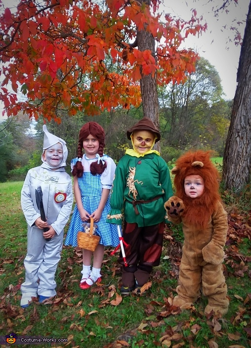 They are Off to See the Wizard Costume