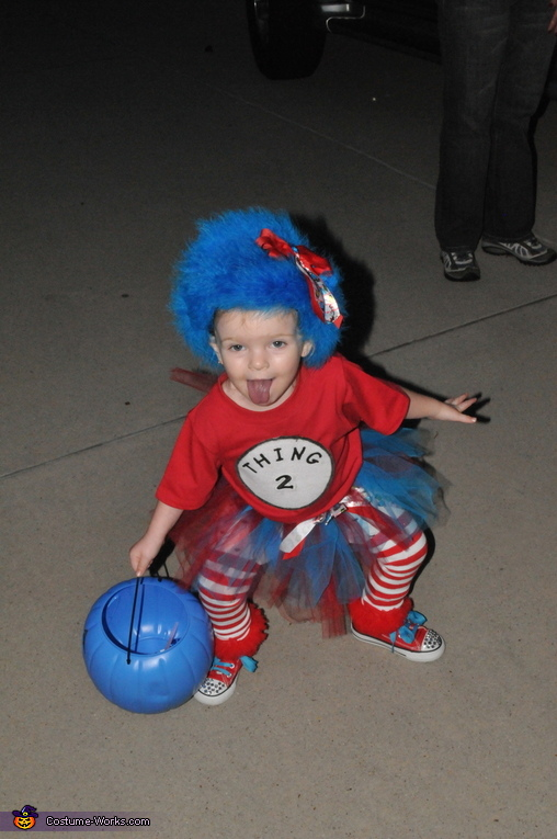Brylee, Thing 1 and Thing 2 Costume