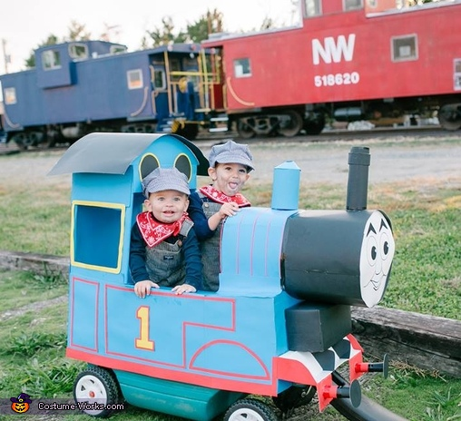 Thomas and his Engineers Costume