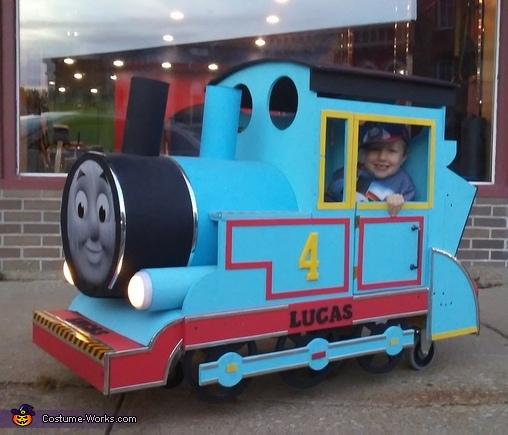 DIY Thomas the Train Costume