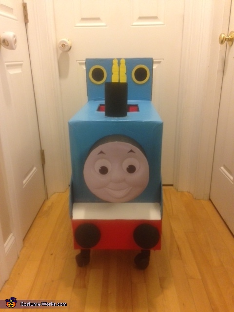 Thomas the Train front view, Thomas the Train with Conductor Costume