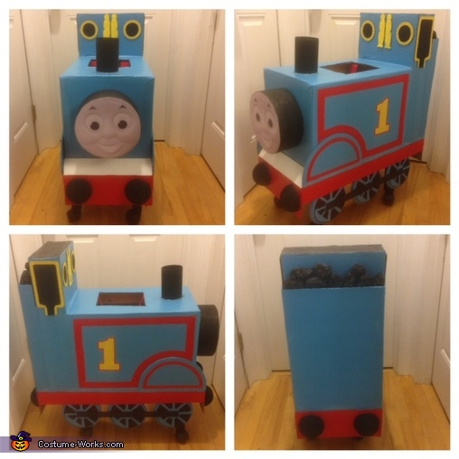 Thomas the Train 360 degree view, Thomas the Train with Conductor Costume
