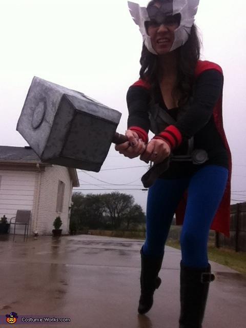 Feel MY THUNDER, Thor Girl Costume