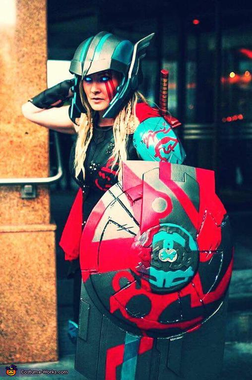 Outdoorsy Thor, Thor Ragnarok Costume