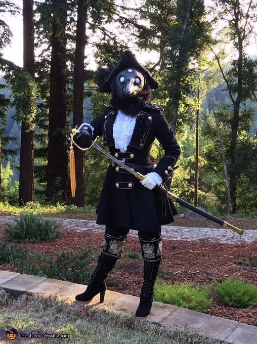 Unsheathed, Three-Eyed Raven Costume