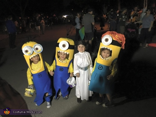 R2D2?, Three Little Minions Costume