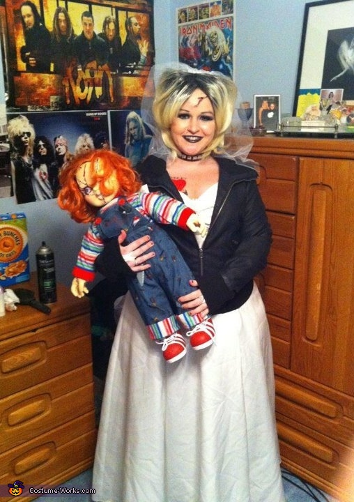 Tiffany Bride Of Chucky Costume http://www.costume-works.com/tiffany_bride_of_chucky.html
