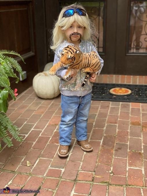 Brooks Rains aka Tiger King, Tiger King Costume