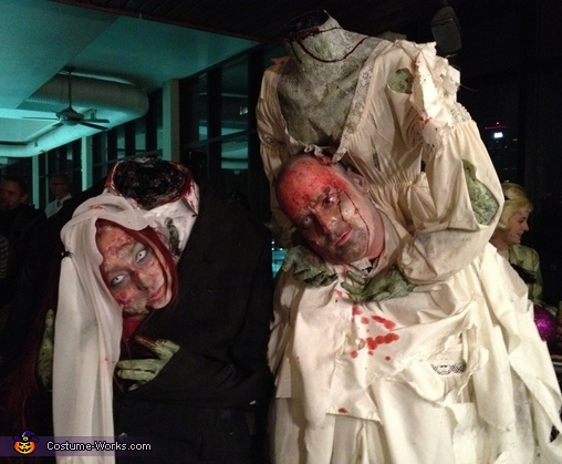 Headless Bride and Groom Couples Costume