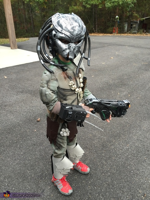 another Predator view, Tiny Predator Costume