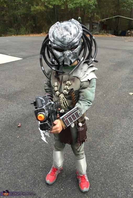 Tiny Predator Costume