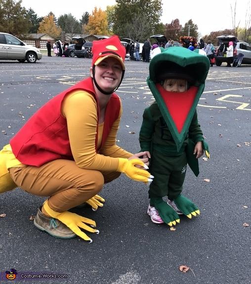 Tiny with mom (Mr Conductor), Tiny the Pteranadon from Dinosaur Train Costume