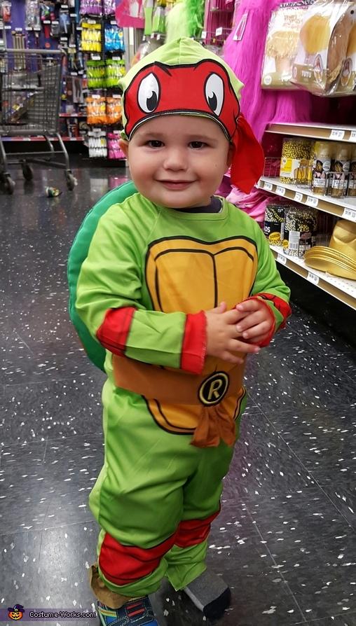 Roman (son) as Raphael, TMNT Family Costumes