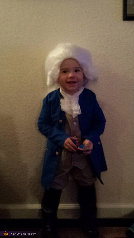 I love my costume, Toddler George Washington Costume