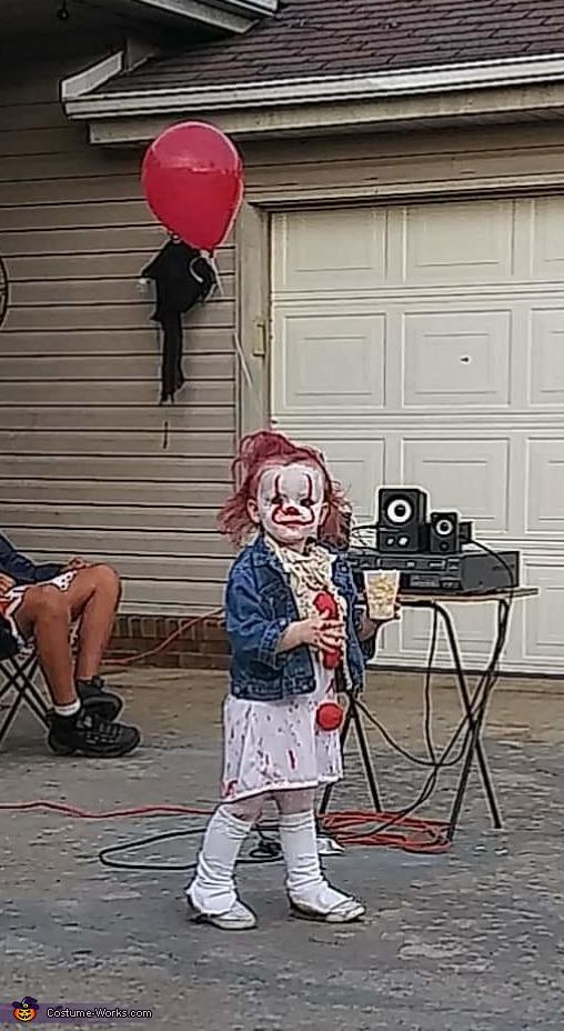 "Toddler ""IT"" Costume"