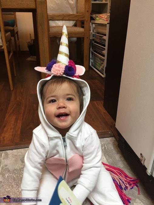 Hi!, Toddler Unicorn Costume