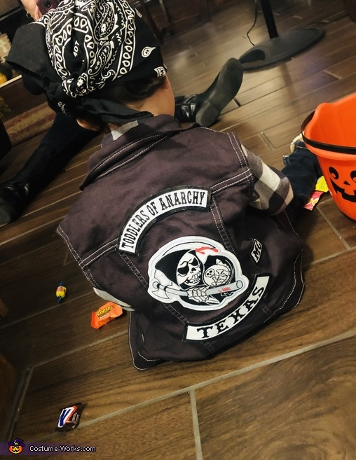 Looking Bad To The Bone!, Toddlers of Anarchy Costume