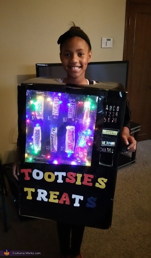 Tootsie's Treats Costume