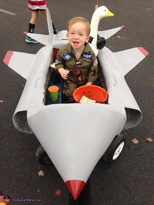 Top Gun Family Homemade Costume