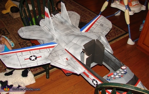 Top view of Plane detail, Jet Pilot Maverick and his Top Gun Fighter Jet Costume