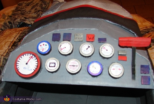 Control Panel, Jet Pilot Maverick and his Top Gun Fighter Jet Costume