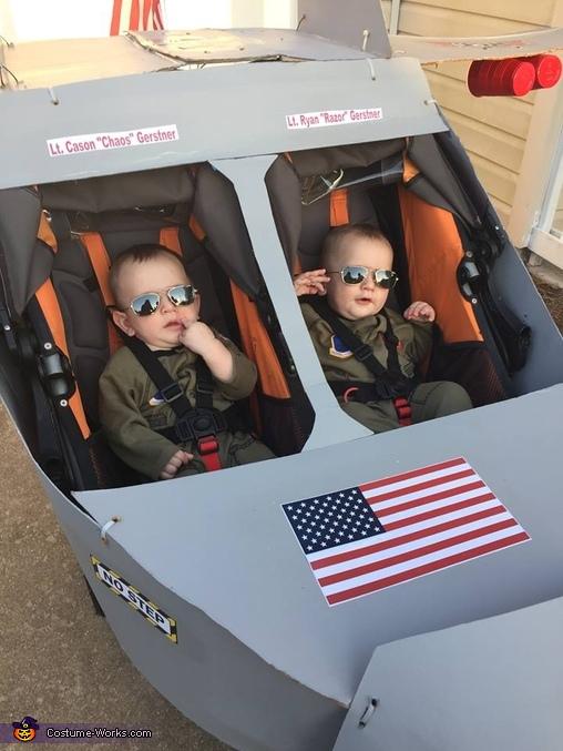 Gerstner Twins: Top Gun, Top Gun: Twin Edition Costume