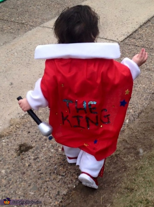 The King has left the building, Elvis Baby Costume